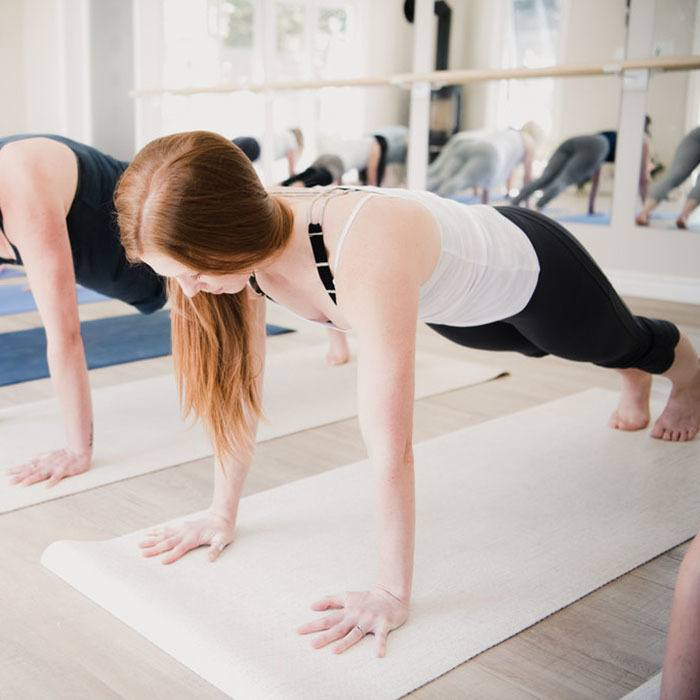 hot yoga bobcaygeon plank pose